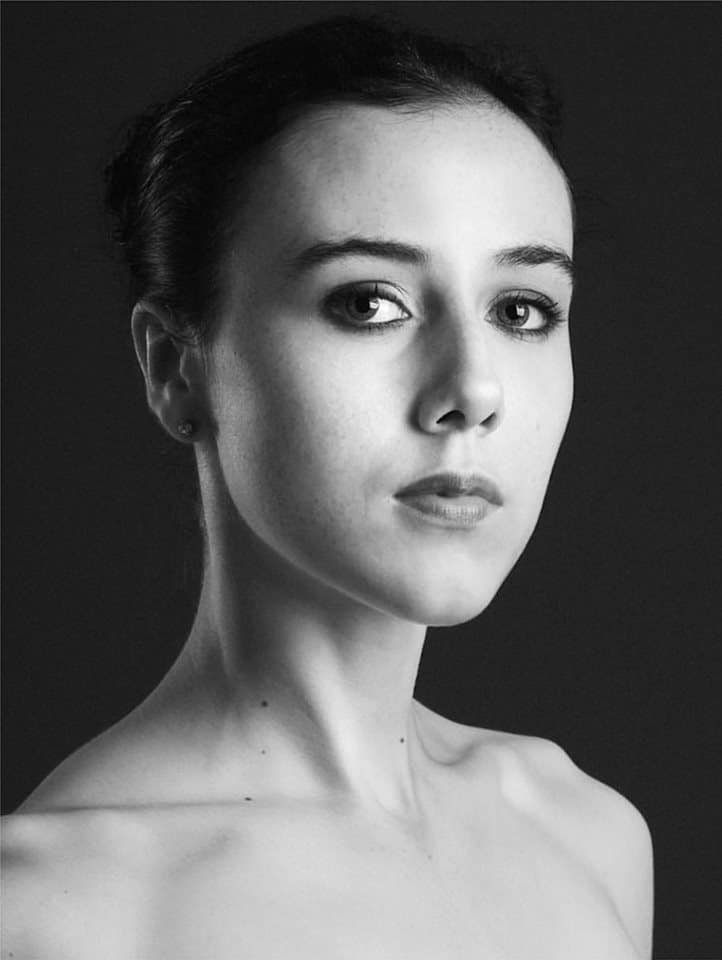 Join amazing teacher Isabella McGuire-Mayes for advanced and professional Ballet classes in London