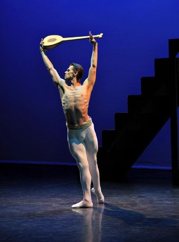 Ballet lessons with Dmitri Gruzdev at Danceworks in London