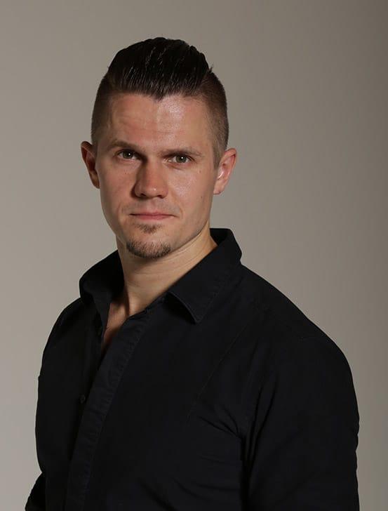 Edgars Menikis teacher at Danceworks London